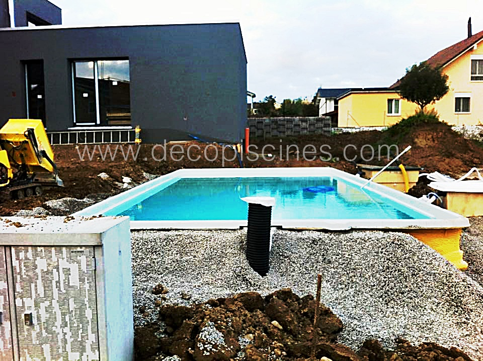 Piscine valence blog decopiscine piscines direct d 39 usine for Prix piscine 10x4