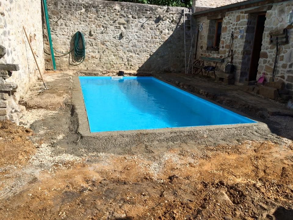 Piscine plaxilon sur mesure blog decopiscine piscines for Piscine coque sur mesure