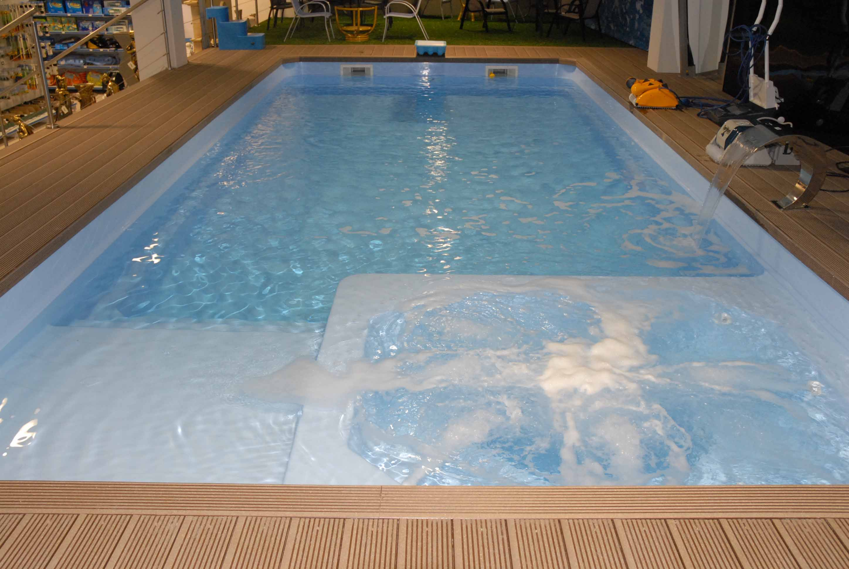 Balneo piscine coque for Spa avec piscine