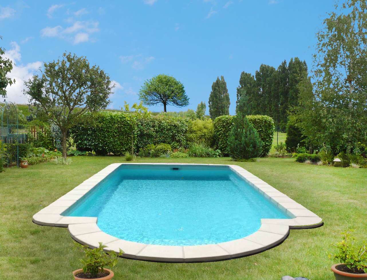 Piscine coque polyester rectangulaire mod le bayonne for Dimension piscine coque
